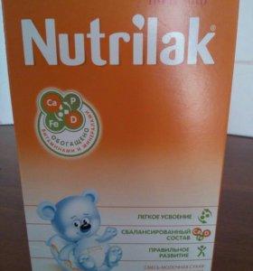 Детская молочная смесь Nutrilak
