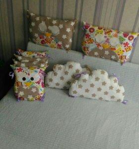 Подушки бортики в детскую кроватку