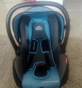 Автомобильное кресло для малыша от 0до 1года