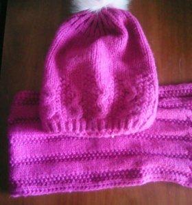 Шапка и шарф.теплые и красиво смотрятся.