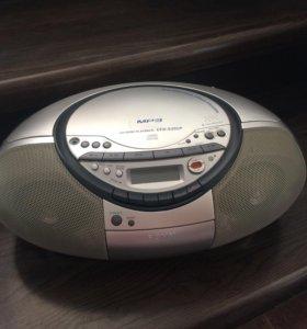 Магнитола (кассета и CD)