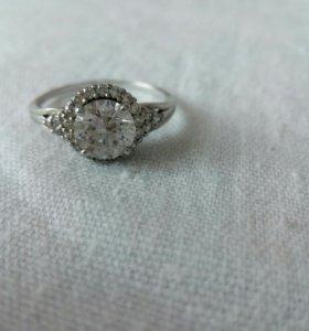 Кольцо серебро с фианитами