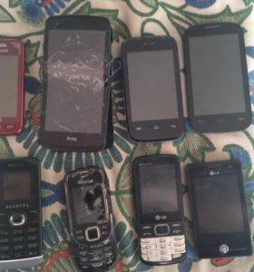 Телефоны разные на запчасти один 300р
