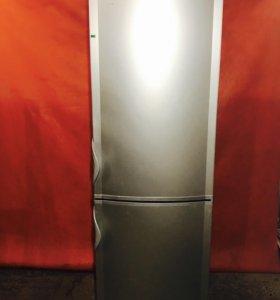 Холодильник б/у Vestfrost 0017