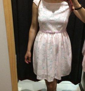 Новое платье очень нежное
