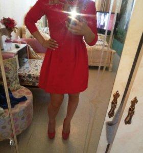 Платье очень красивое