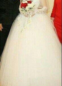 Свадебное платье (принадлежности к нему)