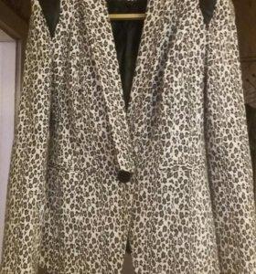 Продам тигровый пиджак