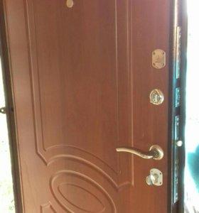 Входная сейф дверь