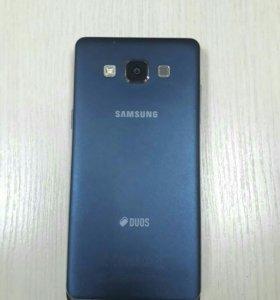 Телефон Samsung DUOS А5