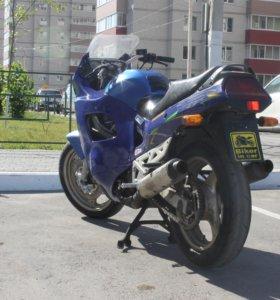 SUZUKI KATANA GSX-750F