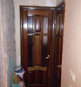 Двери б/у деревянные