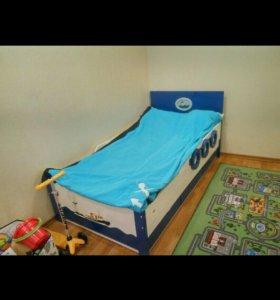 Детский гарнитур шкаф и двухъярусная кровать