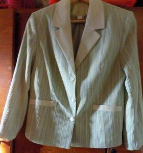 Пиджак салатовый,48-50