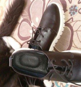 Туфли женские абсолютно новые