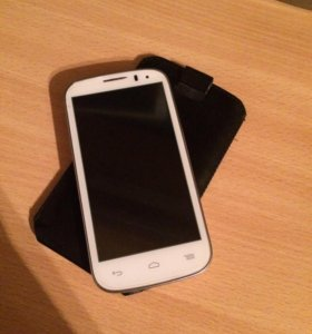 Смартфон Alcatel One Touch