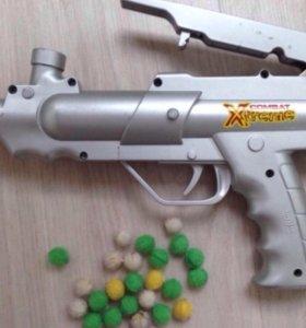 Пистолет XTreme XT200; 25 шариков