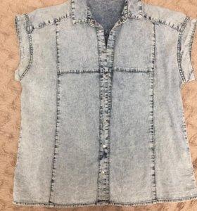 Джинсовая рубашка Mohito