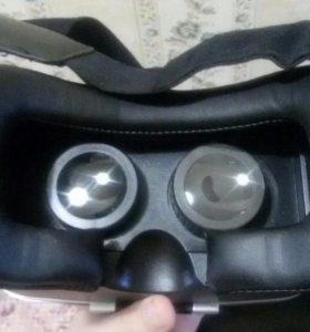 Очки вертуальной реальности для телефона.