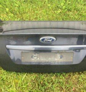 Крышка багажника Ford Focus 2 седан