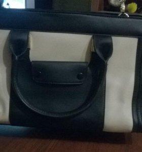 Модная сумка с ручками и ремешком