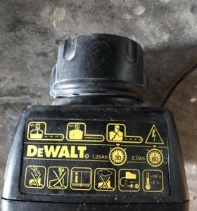 АКБ и зарядка DEWALT