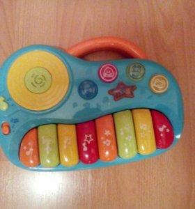 """Музыкальная игрушка """"Пианино"""" WinFun."""