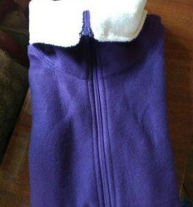 Флисовая кофта на молнии фиолетовая
