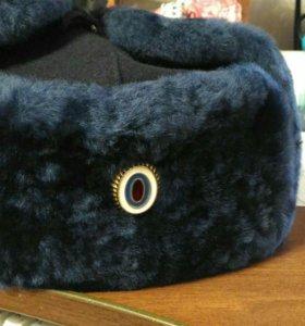 Новая зимняя шапка полиции.