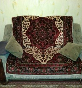 4+2 диван и кресла + 2 пуфика.