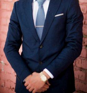Продам стильный мужской костюм ( zara)