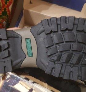 Новые мужские ботинки AIGLE