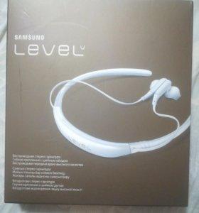 Наушники Samsung Level u