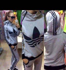 Adidas' Спортивный костюм