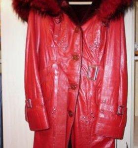 Продам отличную дубленку и лаковую курточку-пиджак
