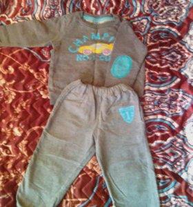 Комтюмчик на мальчика 1 год