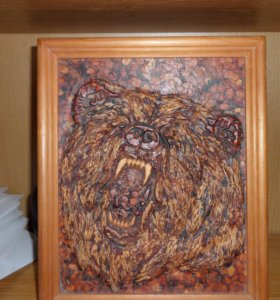 Картина из кедропласта с Изображением медведя