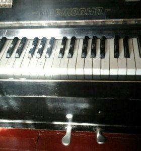 """Пианино """"Прелюдия"""""""