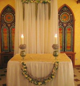 Офомление свадьбы цветами и тканью.