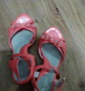 Платье+перчатки+туфли