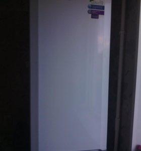 """Холодильник""""ВЕКО"""