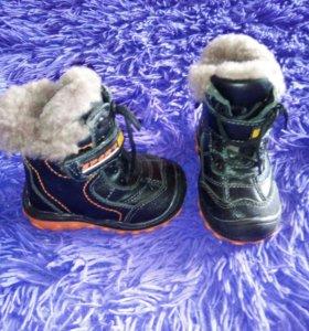 Ботиночки новые. Натуральный мех и кожа!!!