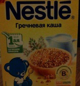 Каша (просроченная)гречневая молочная Нестле