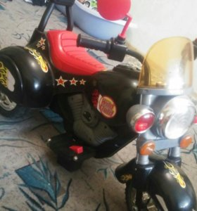 Мотоцикл на аккомуляторе.