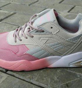 Кроссовки Nike, Adidas
