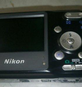 Nikon L3