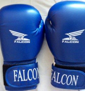 Боксерские перчатки Falcon