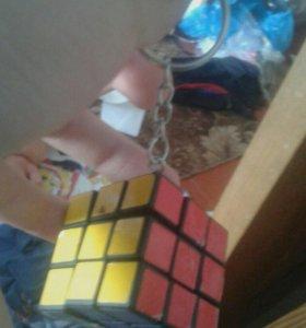 Кубик-Рубик брелок .