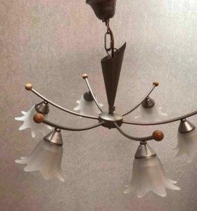 Люстра + настольная лампа