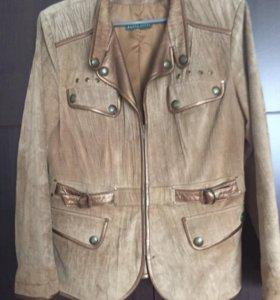 Бежевая куртка (кожа+нубук)